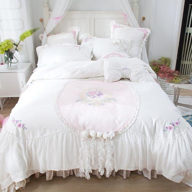 Vintage Romantic White Rosette Pattern Victorian Lace ...