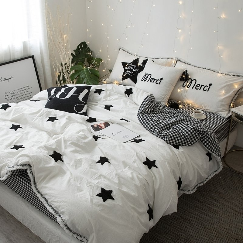 Simply Chic Black And White Star And Gingham Print Elegant