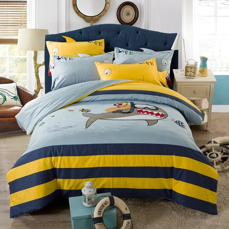 White Shark Ocean Themed Twin Full, Full Size Bedding For Toddler Boy